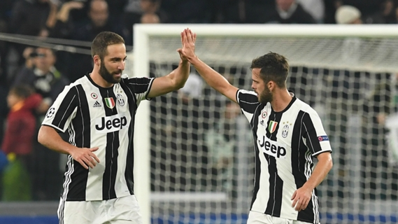 Juventus win sixth consecutive Serie A title