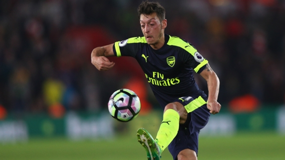Ozil was asked to play a new role in Arsenal's 3-4-3 formation