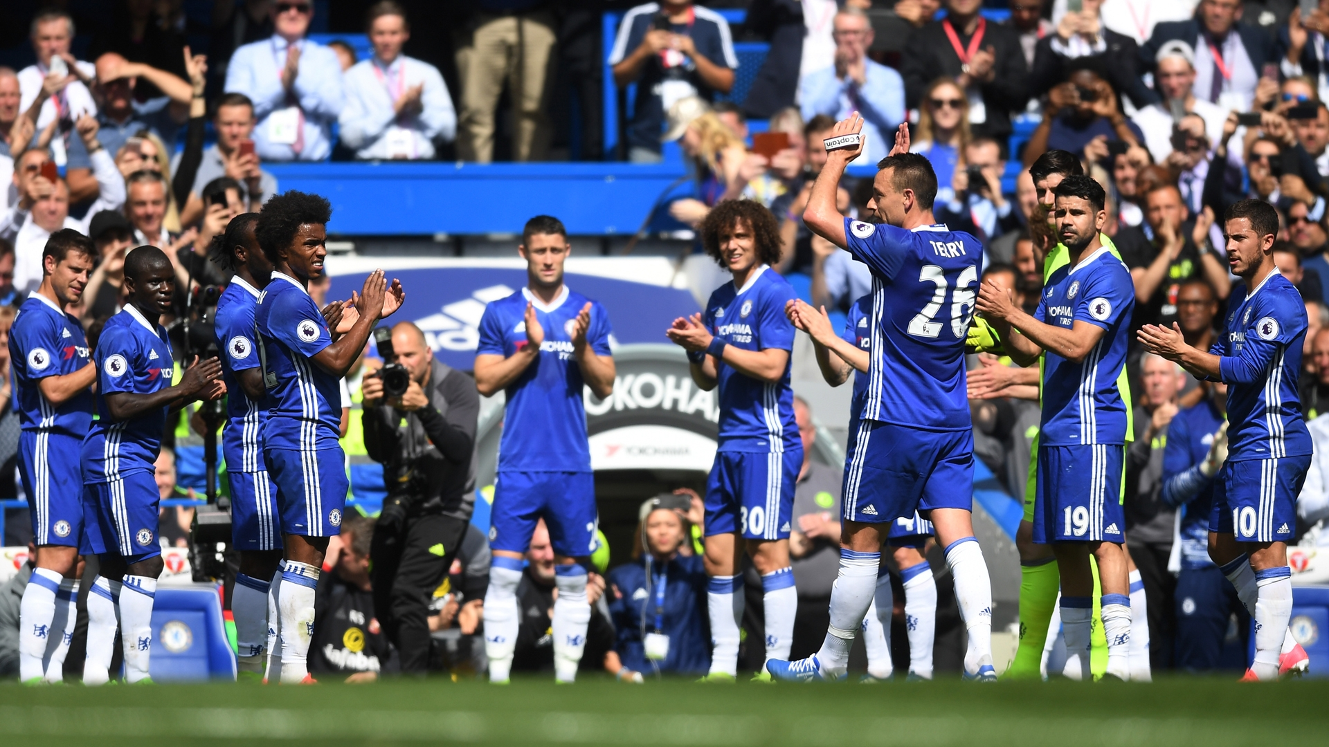 John Terry receives ovation upon leaving the field for the final time as a Chelsea player