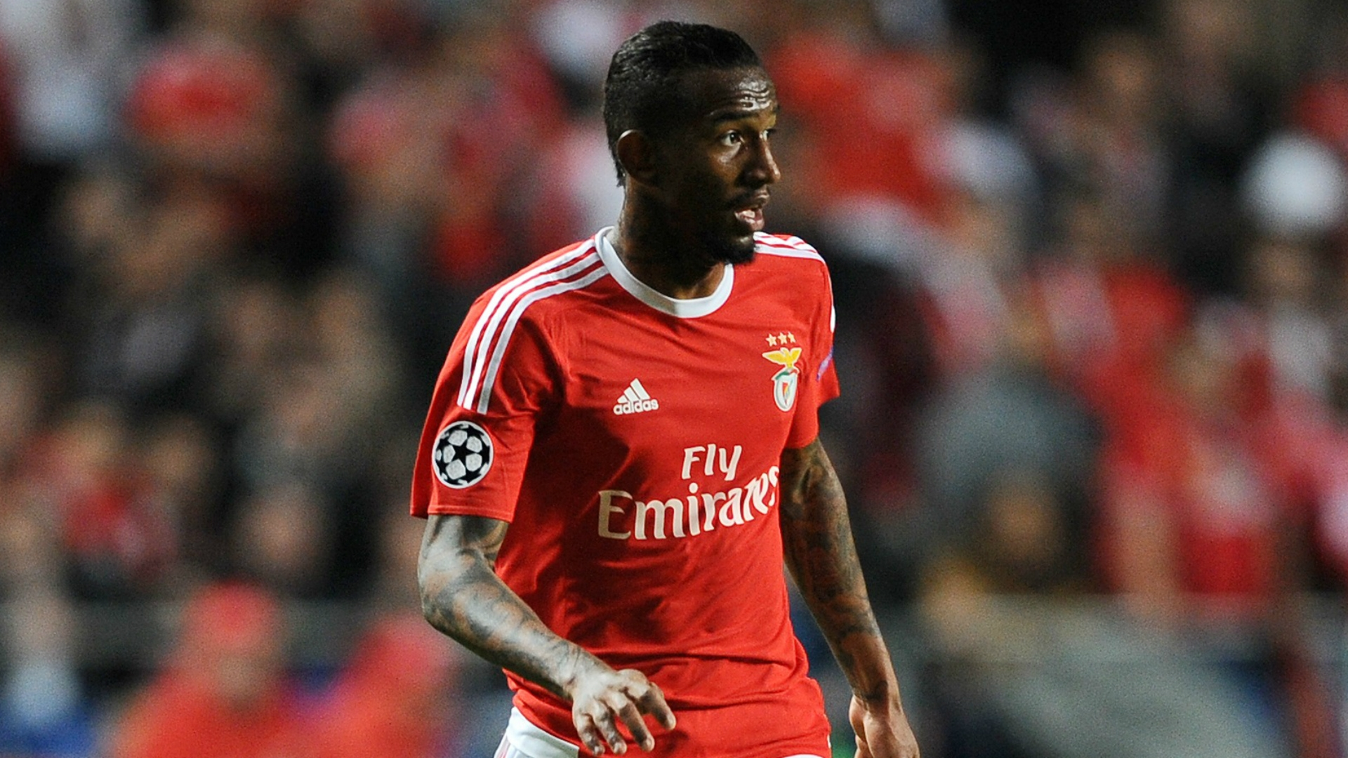 , Talisca was said to be in negotiations to join United or return to Portugal's Benfica.