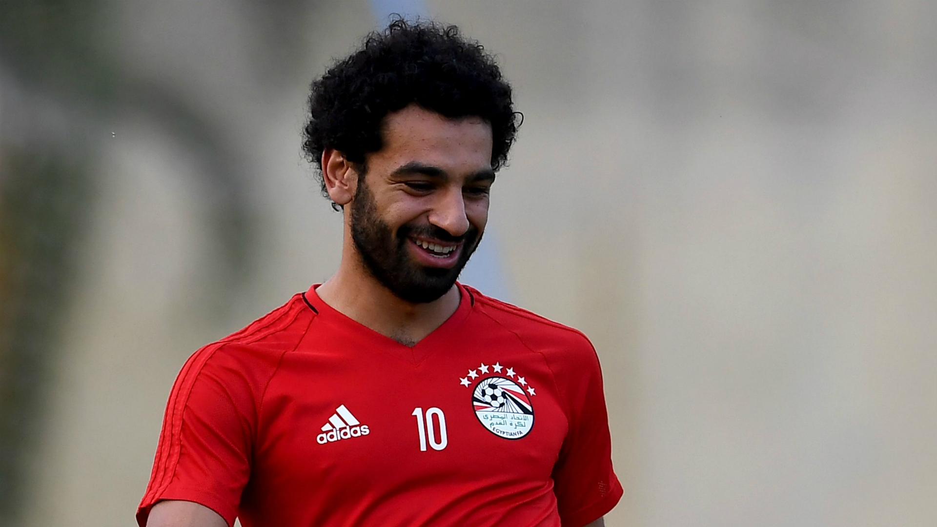 Salah's arrival at Liverpool has thrilled the side's fans. His transfer is seen a clear signal of the club's ambitions for the recent future. Manager Jurgen Klopp praised the player and his level of ambition.