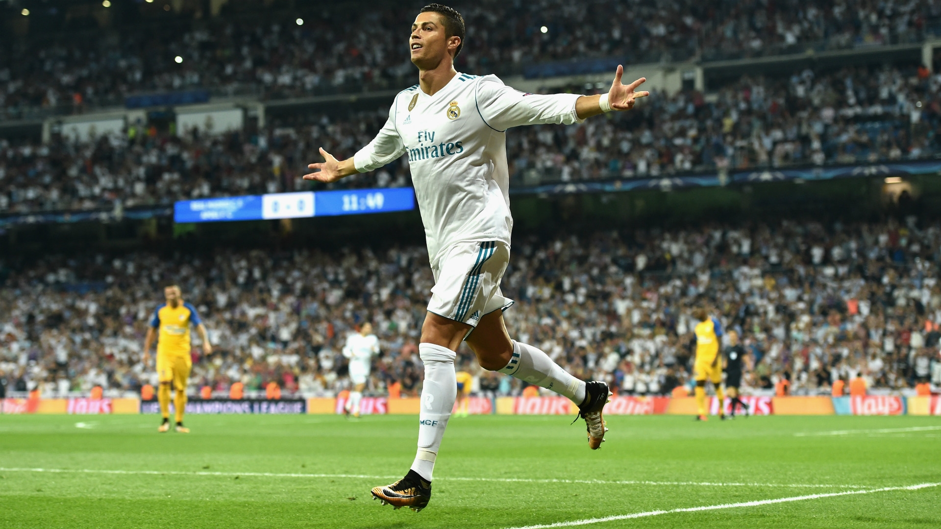 Cristiano Ronaldo scores twice for Real in Champions League