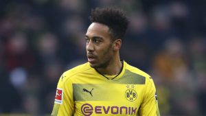 Aubameyang completes move to Arsenal