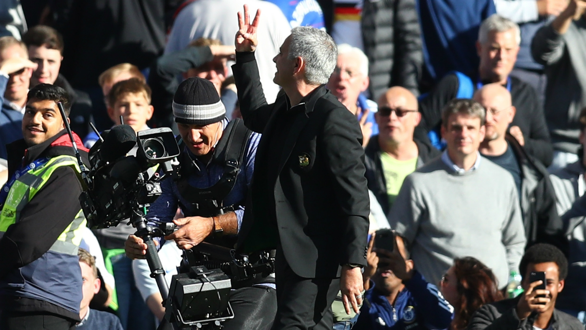 Jose Mourinho angered after the 2-2 draw between Chelsea and Manchester United