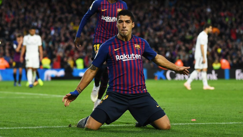 luis suarez- barcelona win and continue to lead La Liga