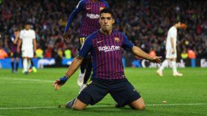 luis suarez- barcelona win and continue to lead La Liga
